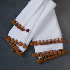 amber pompons white towel