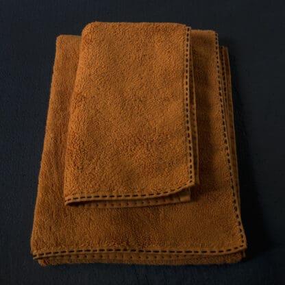 TRASS Black hand embroidery luxury bath towel